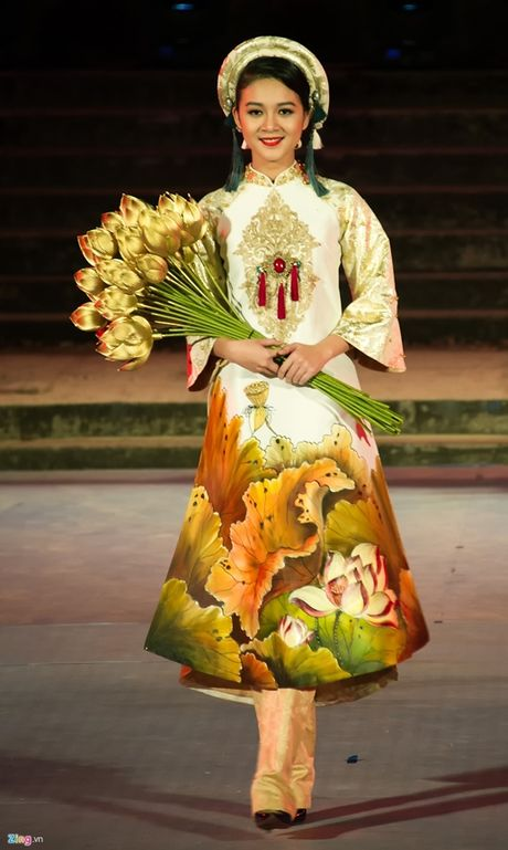 Khong gian ao dai Viet Nam - Anh 1