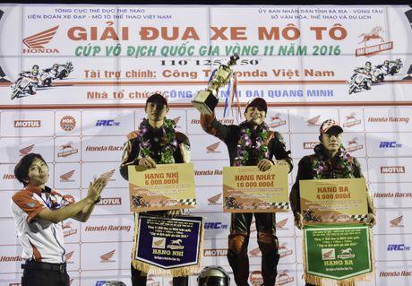 Dua xe Honda Winner tai Ba Ria - Anh 8