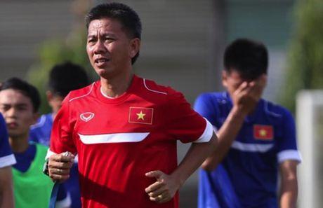 HLV U19 VN: 'Chung toi la doi yeu nhat bang' - Anh 1