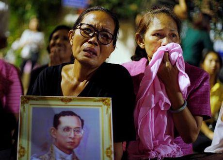 Nuoc mat tang thuong tren khap Thai Lan - Anh 6