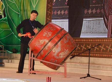 Phang phat huong vi thom lung que Van Yen - Anh 1