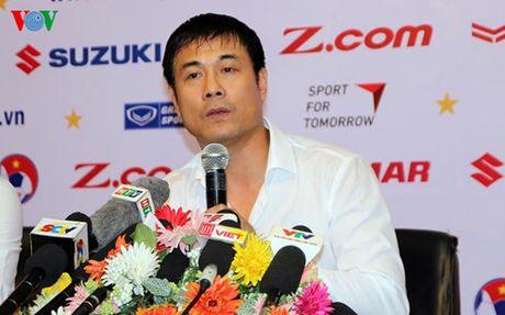 The thao 24h: HLV Huu Thang noi gi truoc chuyen tap huan Han Quoc? - Anh 1