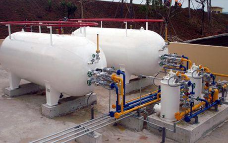 Ha dieu kien kinh doanh gas: Hang loat doanh nghiep doi cong bang - Anh 1