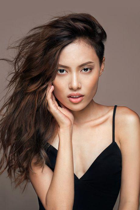 'Nam lun' Fung La duoc chon mo man show dien cua NTK Nguyen Cong Tri - Anh 2