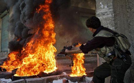 Syria: 145 nguoi thiet mang vi khong kich du doi tai Aleppo - Anh 1