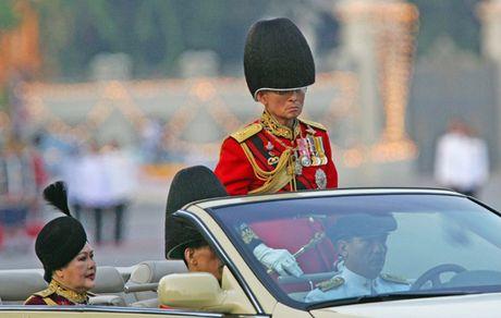 Cuoc doi Nha Vua Thai Lan Bhumibol Adulyadej qua anh - Anh 11