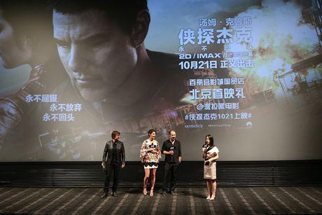 Tom Cruise sanh buoc cung kieu nu Marvel - Cobie Smulders - Anh 11