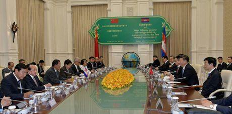 Campuchia va Trung Quoc ky ket 31 van kien hop tac - Anh 2