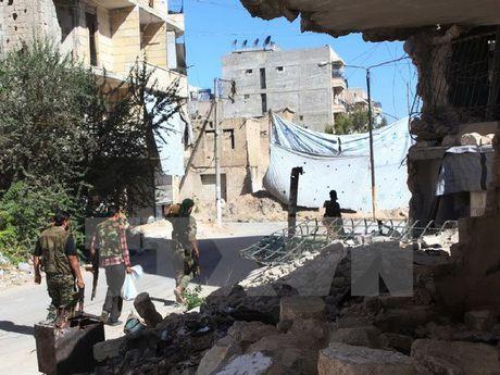 Nga se dam bao cho luc luong noi day 'rut lui an toan' o Aleppo - Anh 1