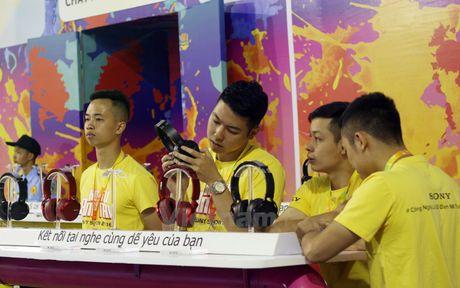 Hang dien tu Sony 'khoe' cong nghe moi nhat o Thu do Ha Noi - Anh 6