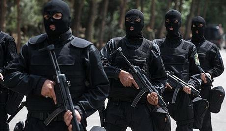 Iran bat 11 nghi can am muu thuc hien cac vu danh bom lieu chet - Anh 1