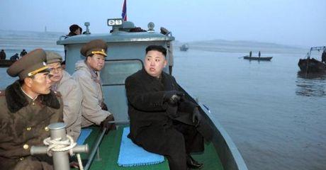 Can tien, Kim Jong Un ban quyen danh bat ca cho Dai Loan? - Anh 1