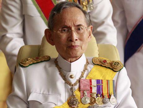 Mot nam quoc tang vua Thai Lan dien ra nhu the nao? - Anh 1