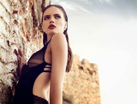 Ve sexy cua my nu tung khien CR7 'cam sung' Irina Shayk - Anh 10
