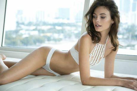Ve sexy cua my nu tung khien CR7 'cam sung' Irina Shayk - Anh 12