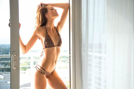 Ve sexy cua my nu tung khien CR7 'cam sung' Irina Shayk - Anh 7