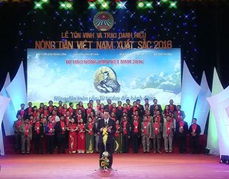 Chu tich nuoc du Chuong trinh Tu hao Nong dan Viet Nam 2016 - Anh 2