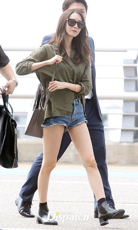 """Boc gia"" tui xach hang hieu cua nu idol thoi trang nhat Kpop - Anh 3"