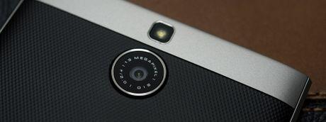 BlackBerry Passport Silver Edition chinh hang giam gia xuong con 8,99 trieu - Anh 1