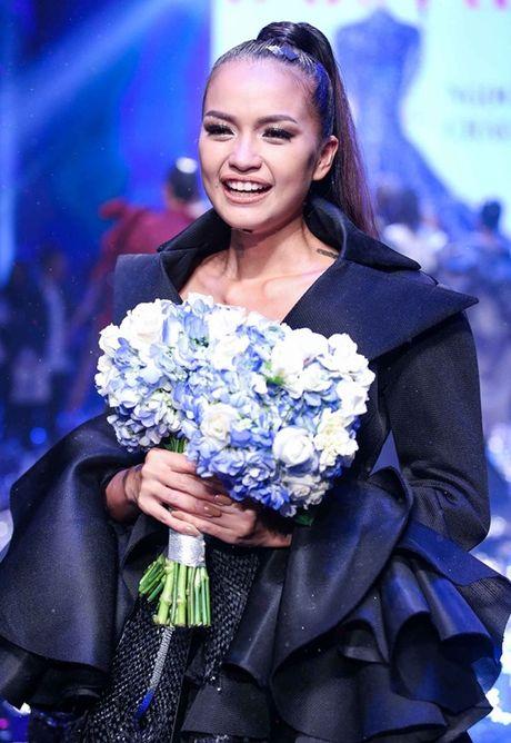 Quan quan Vietnam's Next Top Model 2016: 'Rat kho de co the lam dau tram ho' - Anh 2