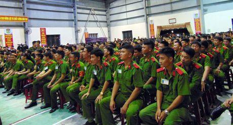 Truong Trung cap CSND V to chuc Hoi thi tim hieu Nghi quyet Dai hoi XII - Anh 2