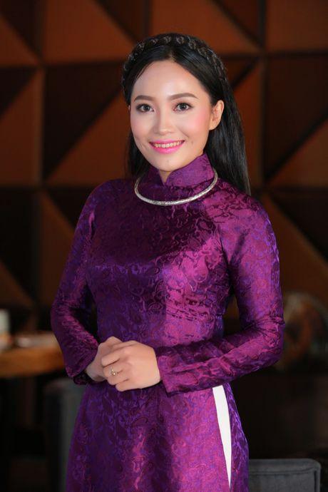 Xa thu Hoang Xuan Vinh sanh vai cung nu ca si Bach Tra - Anh 8