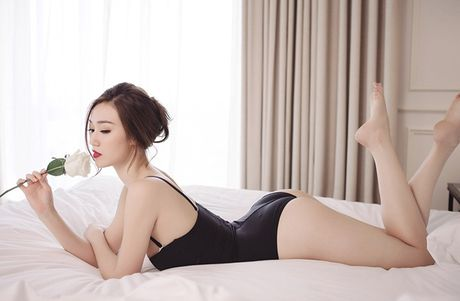 Khanh My khoe dang goi cam voi noi y ren - Anh 4