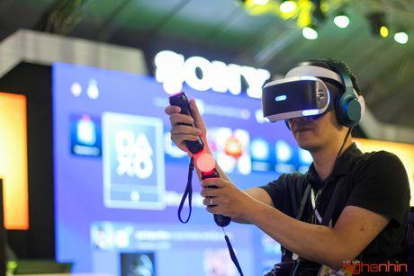 Kinh thuc te ao Playstation VR gay sot tai Sony Show Ha Noi - Anh 1