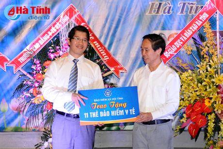 Gan 7.000 SV Dai hoc Ha Tinh buoc vao nam hoc 2016-2017 - Anh 8