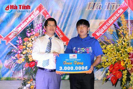 Gan 7.000 SV Dai hoc Ha Tinh buoc vao nam hoc 2016-2017 - Anh 9