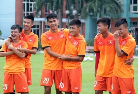 U19 Viet Nam ra quan tai VCK U19 Chau A - Anh 1