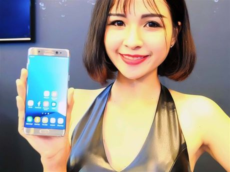 Bat dau thu hoi hon 12.600 chiec Galaxy Note 7 tai Viet Nam - Anh 1