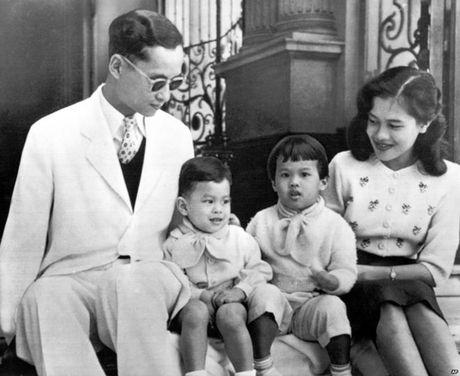 Cuoc doi nha vua Thai Lan - Anh 2