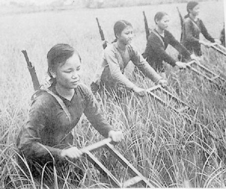 Lich su va y nghia ngay Phu nu Viet Nam 20/10 - Anh 1