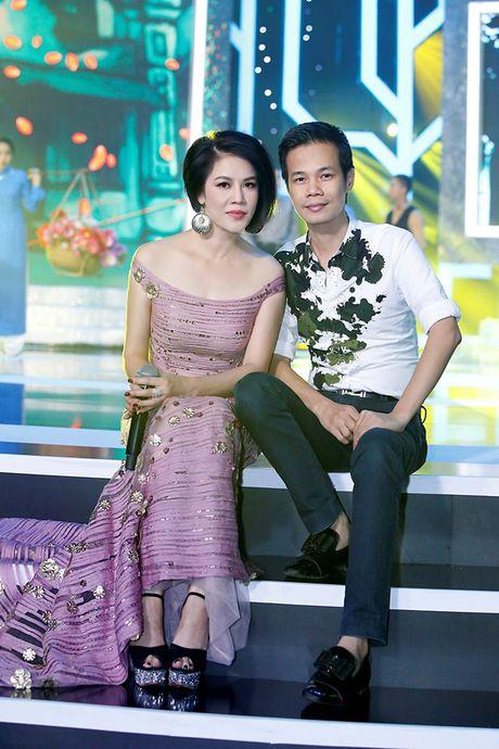 Ca si Thu Phuong bat ngo 'xuong toc' - Anh 7