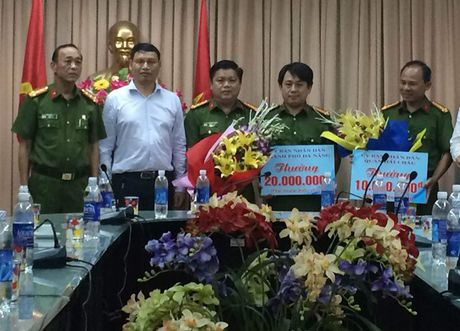 Da Nang: Pha thanh cong vu bat coc tong tien - Anh 1