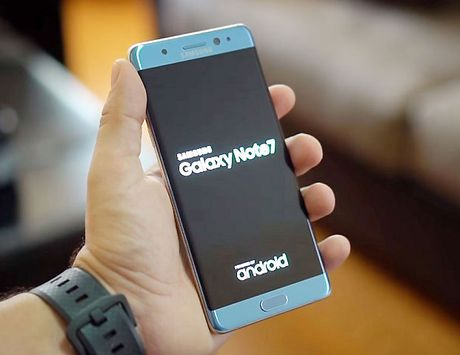 Bo Cong Thuong canh bao nguoi dung lap tuc tat nguon Galaxy Note 7 de phong chay no - Anh 1