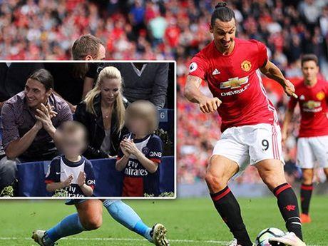 Theo chan Rooney,Ibrahimovic cho 2 con trai gia nhap MU - Anh 1