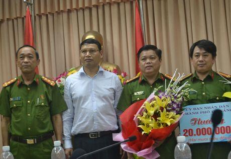 Bang doi no thue bat coc, ep nan nhan lan tay no tien - Anh 1