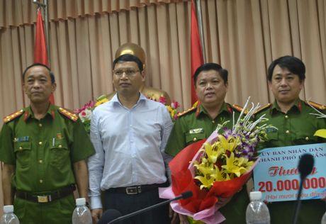 Bang doi no thue bat coc, ep nan nhan lan tay no tien - Anh 2