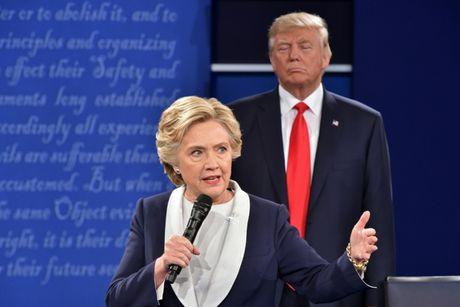 Ba Clinton: 'Ong Trump tran ap, quay roi toi' - Anh 3