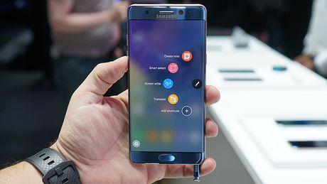 Samsung tra tien cho nguoi dung Note 7 doi sang iPhone - Anh 1