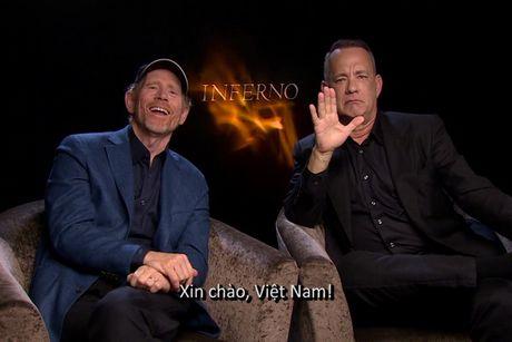 Tom Hanks vi dong 'Hoa nguc' met nhu chay marathon - Anh 1