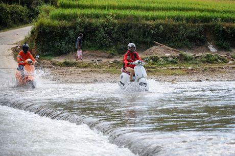 Chinh phuc mua vang Mu Cang Chai voi Vespa ABS - Anh 15