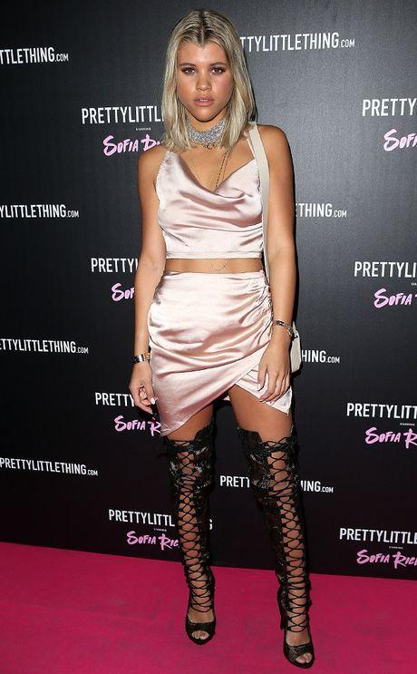 Sofia Richie mac goi cam xem Justin Bieber bieu dien - Anh 2