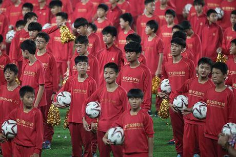 'Trung Quoc co qua ao tuong khi nghi se vuot Brazil?' - Anh 1