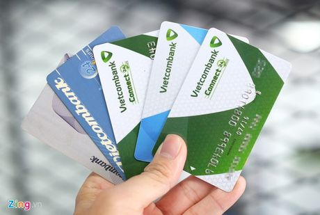 Lo tin tac, Vietcombank khoa hang loat the ATM - Anh 1