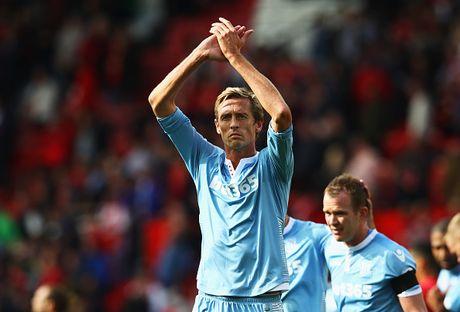 10 su that bat ngo trong lich su Premier League - Anh 9