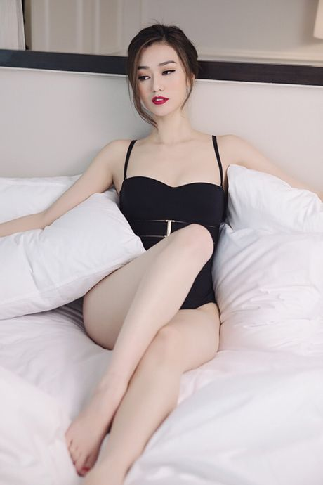 Khanh My pho duong cong cuc sexy voi noi y - Anh 1