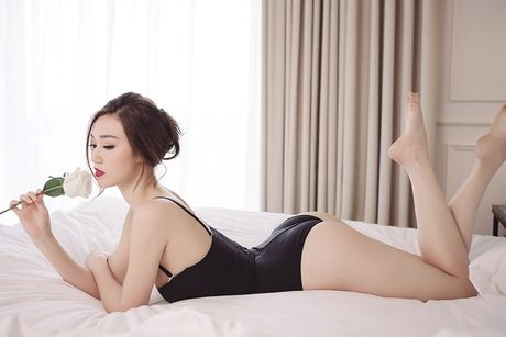 Khanh My pho duong cong cuc sexy voi noi y - Anh 3